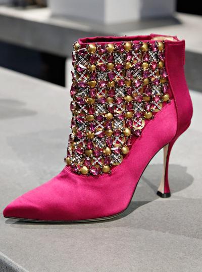 Merek Sepatu Termahal - Manolo Blahnik