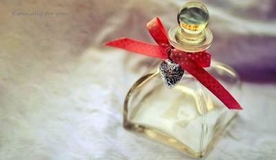 5 Rekomendasi Parfum Pria Berkelas yang Cocok untuk Kado Si Doi
