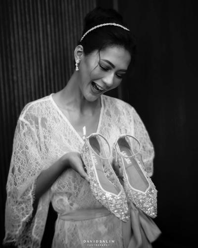 Elegan, Merek Sepatu Pengantin Wanita Karya Desainer dan Merek Lokal Ternama