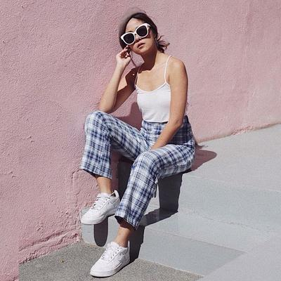 Jangan Bingung, Ini Tips Mix and Match Baju Polos Putih Biar Penampilanmu Enggak Boring!