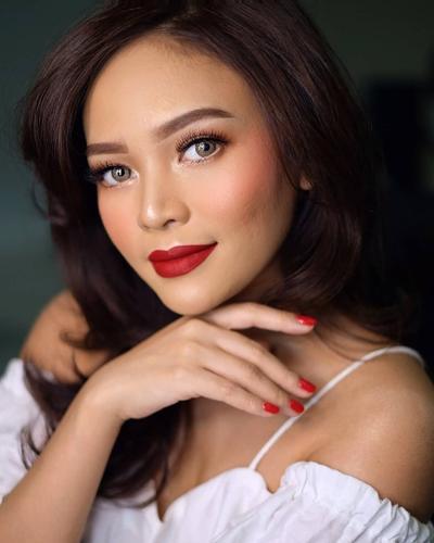 Punya Kulit Sawo Matang? Coba 5 Varian Lipstik LT Pro Ini, Cocok Banget Buat Kamu!
