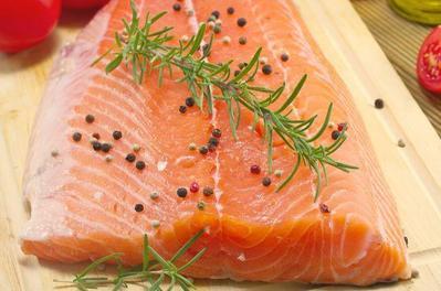 Ini yang Akan Terjadi Kalau Kamu Sering Makan Salmon