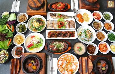 5 Restoran Makanan Korea di Malang, Rasanya Bikin Ketagihan!
