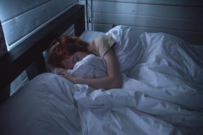Hindari Melakukan Aktivitas Ini Agar Lebih Ampuh Menghilangkan Masalah Susah Tidur