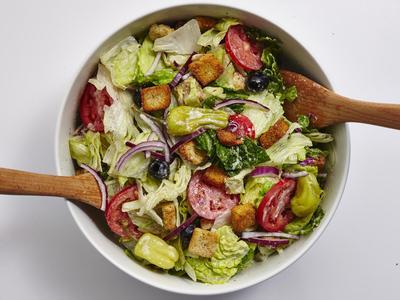 [FORUM] Wah katanya makan salad pas diet malah numpuk kalori!