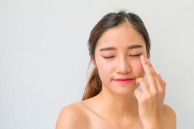 6 Fungsi Concealer Untuk Makeup yang Jarang Diketahui!