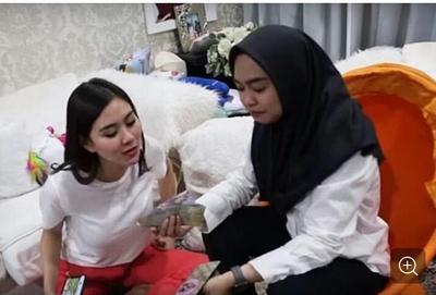 [FORUM] Pendapat beautynesian soal Ria Ricis membongkar dompet Syahnaz