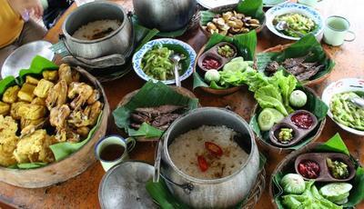 Legendaris, Makanan Khas Sunda Ini Tidak Termakan Zaman Hingga Kini