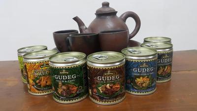 Gudeg Yu Djum kaleng