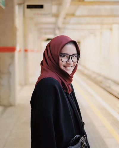 Anti Repot, Begini Cara Memakai Hijab yang Pas untuk Interview Pekerjaan