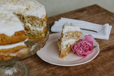 Mudah, Kamu Bisa Isi Waktu Luang dengan Memasak Kue Ini!