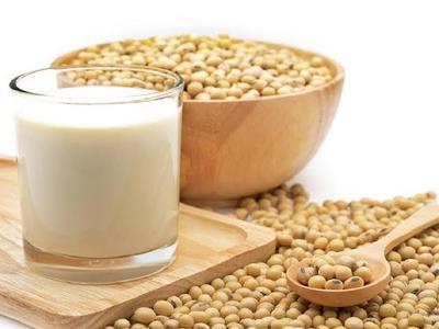 [FORUM] Minum susu kedelai setiap hari bisa bikin kulit putih ? Ada yang udah coba