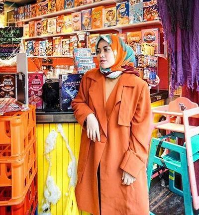 Hijab Style Warna Pumpkin