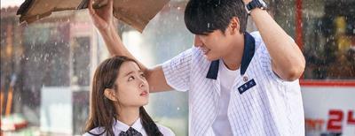 Ternyata Ini Alasan Kenapa Wanita Hobi Nonton Film Korea, Kamu yang Mana?