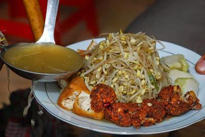 Bikin Ngiler! 5 Kuliner Surabaya Ini Dijamin Buat Lidah Bergoyang