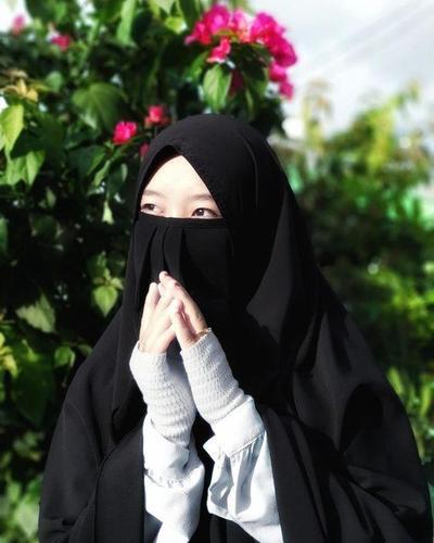 Tetap Stylist dengan Aksesoris Busana Muslim