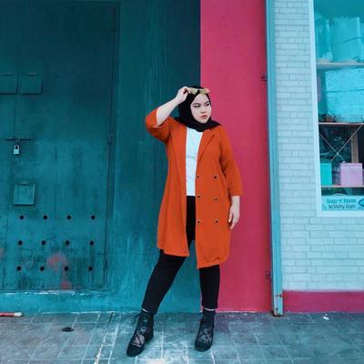 Bisa Sembunyikan Lemak, Simak Tips Desain Baju untuk Hijabers Plus Size