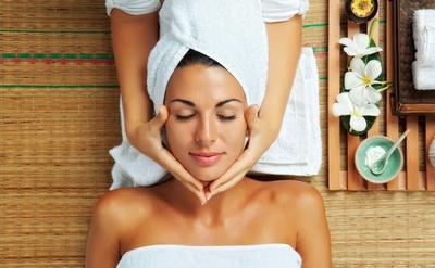 Facial Treatment di Salon, Penting Gak Sih?