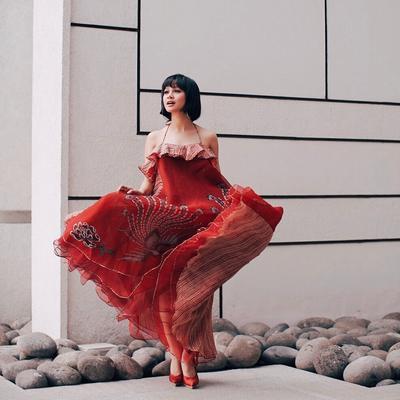 Makin Kece, Inspirasi Balutan Batik Dress Ini Bisa Kamu Tiru