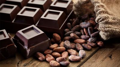 3. Makan Dark Chocolate