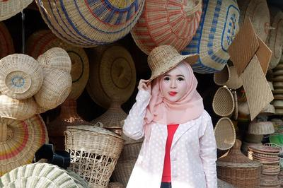 Viral, Pesona Hijabers Cantik Mirip Barbie Asal Aceh yang Gemesin Banget