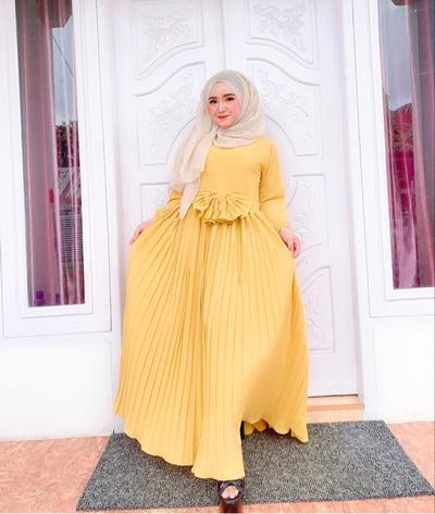 Hijabers Cantik yang Bisnis Online