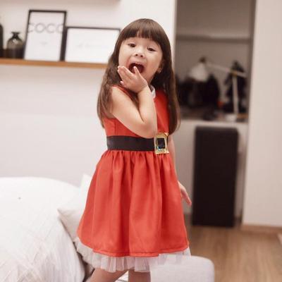 Gempita dengan Simple Dress