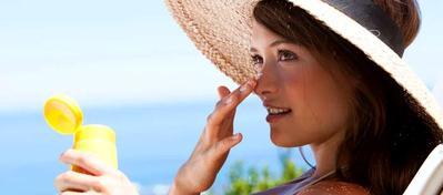 5 Rekomendasi Sunblock yang Bagus untuk Kulit Berjerawat