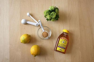 Brown Sugar and Lemon Lip Scrub