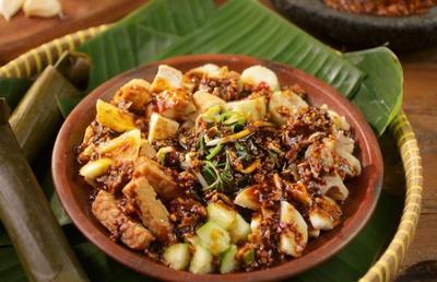 5 Kuliner Legendaris yang Harus Kamu Coba Saat Berkunjung ke Surabaya, Dijamin Nagih!