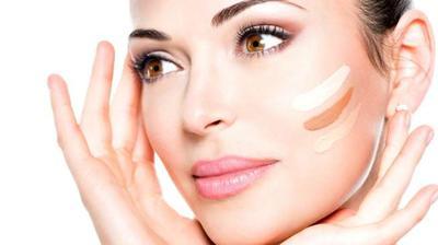 Pengen Makeupmu Sempurna? 3 Rekomendasi Foundation yang Bagus Ini Perlu Kamu Coba!