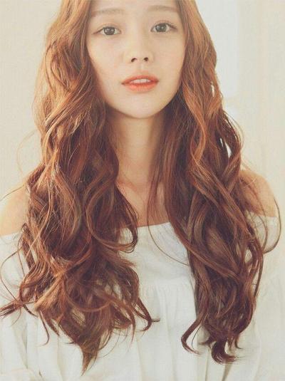 Model Rambut Bergelombang Korea