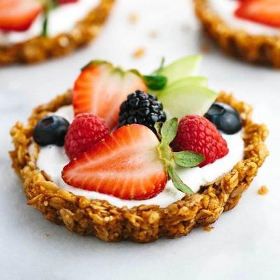 Granola Fruit Pie