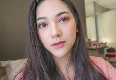 Biar Gak Salah, Perhatikan Do & Dont's dalam Makeup Sederhana Bagi Para Pemula