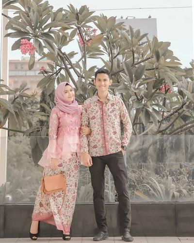 Inspirasi Kebaya Couple