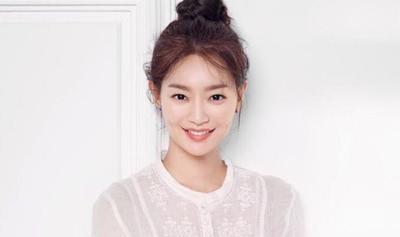 Riasan Wajah Ala Shin Min Ah yang Natural Namun Elegan