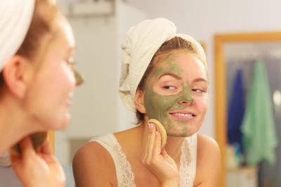 5 Bahan Untuk Membuat Scrub Peeling Wajah di Rumah, Gak Perlu Banyak Budget!