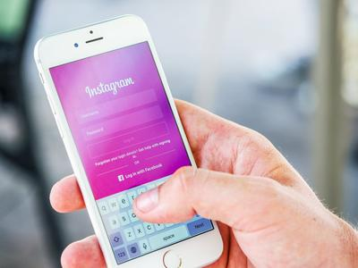 1. Era Media Sosial Instagram
