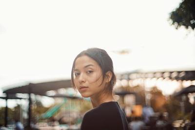 5 Penampilan Artis Indonesia Tanpa Makeup, Tetap Menawan dan Memesona