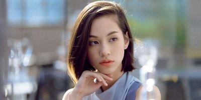 6 Style Looks Kiko Mizuhara, Si Artis Jepang Cantik yang Multitalenta