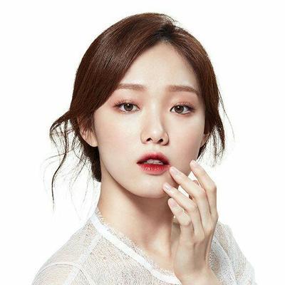 5 Liptint Lokal untuk Membuat Gradient Lips ala Wanita Korea