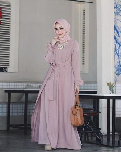 4 Ide OOTD Hijab Terbaik Ini Cocok Banget buat Kondangan! Intip Inspirasinya di Sini!