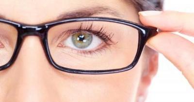 Mau Matamu Sehat dan Terhindar dari Minus? Yuk, Ikuti Tips Kesehatan Mata yang Mudah Ini!