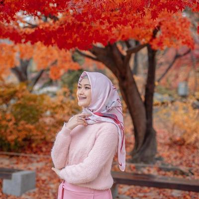 Mix and Match Hijab Warna Peach untuk Tampil Manis dengan Berbagai Outfit