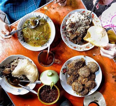 4 Kuliner Surabaya Malam Lezat Ini Wajib Kamu Coba, Ladies! Rasanya Dijamin Mantap!