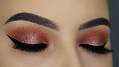 2. Warna Eyeshadow