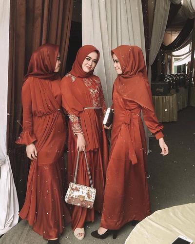 Model Kebaya Terbaru 2019