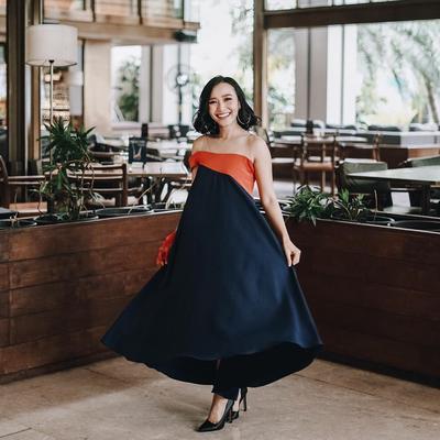 Bikin Iri! Penampilan Rinni Wulandari, 'Hot Mama' yang Makin Cantik dan Memesona