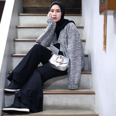 Buat Kamu Yang Gak Mau Ribet Ini Inspirasi Ootd Oversize Style