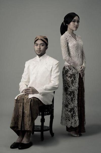3.Foto prewedding kebaya